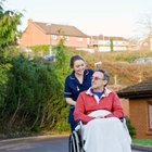 Difference Between a CNA & a Caregiver