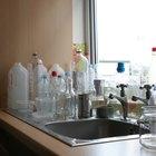 Cómo darles forma nuevamente a las botellas de plástico