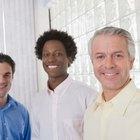 ¿Cuáles son las causas de la discriminación por edad en los negocios?