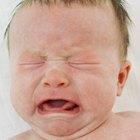 Cómo ayudar a un recién nacido con flatulencias