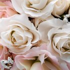 Bridal Bouquet Etiquette: Who Pays?