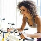 ¿Cuántas calorías se queman con 30 minutos de bicicleta fija?