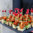 What Kind of Food Do You Serve on a Canape Plate?