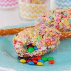 Cookie Maracas Recipe to Shake Up Cinco de Mayo