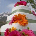 Decorate a Wedding Cake Using Artificial Flowers