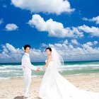 How to Dress For a Beach Formal Wedding