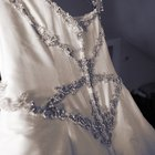 Donate a Wedding Dress in Canada