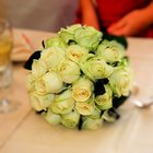 How to Make Fresh Flower Wedding Bouquets