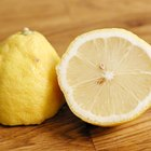 How to Clean Fruits & Vegetables With Lemon Juice