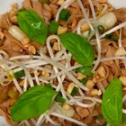 How to Make Easy, 15-Minute Shirataki Pad Thai