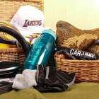 Things to Put in a Gift Basket for Guys