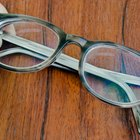 How to Choose Eyeglass Frames for Men