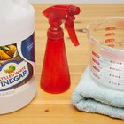 How to Clean Hair With White Distilled Vinegar