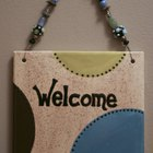 How to Decorate Slate Welcome Signs