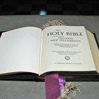 Tapa de Biblia hecha en casa