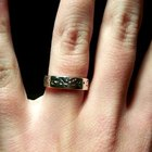 Formas románticas de entregar un anillo de compromiso