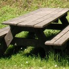 Plans for making a wooden picnic table
