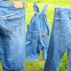 How to Shrink Denim Jeans