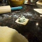 Cómo hacer ravioles sin una máquina de pasta