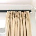 Cómo instalar ganchos para cortinas