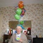 Ideas para decorar pasteles de cumpleaños número 80