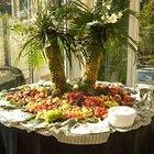 Faça uma árvore de abacaxi para decorar uma mesa