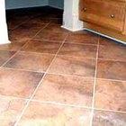 Cómo limpiar un piso de azulejos sucio