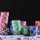 What do the colours on poker chips represent?