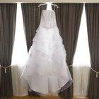 How to make my yellowed wedding dress white again