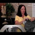 Cómo lavar la ropa de color negro