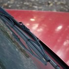 Cómo reparar un parabrisas rayado