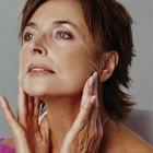 Cómo atenuar las mejilla caídas con ejercicios faciales
