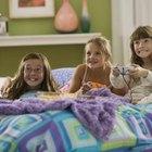 Cómo organizar una fiesta de pijamas para una niña pequeña
