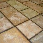 Cómo quitar la alfombra pegada sobre piso de mosaico
