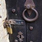 Cómo abrir una puerta cerrada sin tener la llave