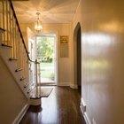 Cómo elegir la pintura correcta para escaleras de interior