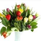 Cómo escribir una postal de agradecimiento por las flores