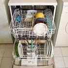 Como remover a ferrugem do escorredor de uma máquina de lavar louça