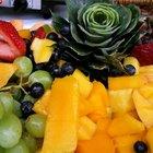 Cómo decorar bandejas de frutas para fiestas