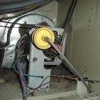 Cómo reemplazar la correa de una secadora GE