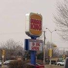 Cómo entregar una solicitud de empleo en Burger King