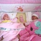 Quais os sintomas da gravidez de gêmeos?
