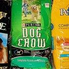 Cómo mezclar diferentes marcas de alimento seco para perros