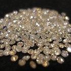 Los diamantes de corte brillante redondo frente a los diamantes de corte princesa