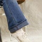 Cómo limpiar zapatos de tela blancos
