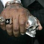 ¿Por qué la gente usa anillos masones?