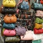 Cómo reconocer un bolso de imitación de Chanel