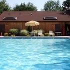 Cómo disminuir el valor del cloro en una piscina