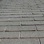 Cómo limpiar el moho en un techo de tejas