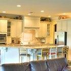 Cómo abrir una pared entre la cocina y la sala de estar